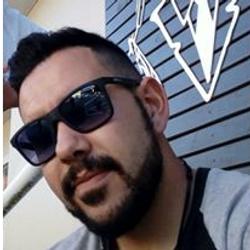 Cleiton Pereira - Old  Mustache Barbearia