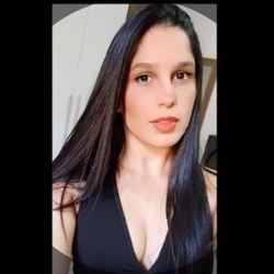 Larissa Souza - Espaço Carol e Lari