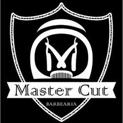 Celia Sant'Ana - Master Cut Barbearia