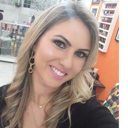 Debora Jubainski - Alesandro de Oliveira Cabeleireiros