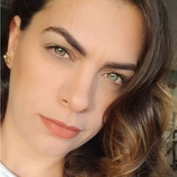 Giselle Bueno - Giselle Bueno