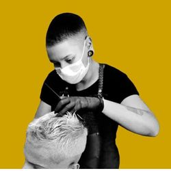 Tamy Braz - Los Hermanos - Barbearia