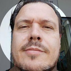 Ale Oliveira - Barbearia SENIOR