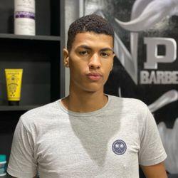 Gabriel Bezerra - PG Barber Shop - Eng. Do Meio