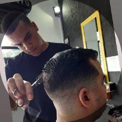 Fábio - Barbearia M.V Oficial