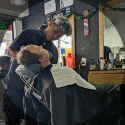 Victor Dias - Barbearia Mie Barber (Unidade Piraporinha)