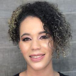 Maria Aparecida - ESPAÇO FREI CANECA Salão & Barbearia