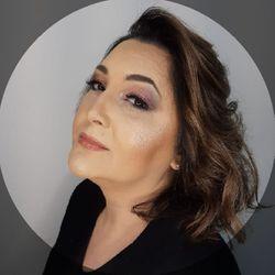 Fabiana Mendes - ESPAÇO FREI CANECA Salão & Barbearia