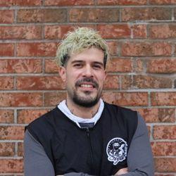 Cristian Castro - Stylo Barbershop & Hair salon