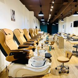Real Nails Spa, 592 Bloor St W, M6G 1K4, Toronto