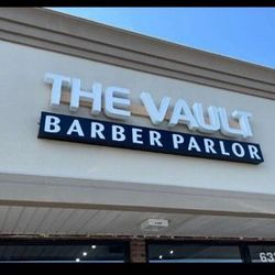 The vault barber parlor Angel, 633 E Roosevelt Rd, Lombard, 60148