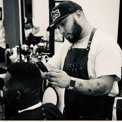 Chechi barber, 3662 Avalon Park East Blvd, Orlando, 32828