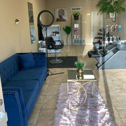 Nairobeauty Salon Studio LLC, 213 n 11th st, Muskogee, 74401
