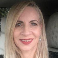 Teresa Tavarez - Xpressions Hair Salon