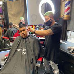 𝕄𝕖𝕩𝕚𝕔𝕠 The Barber   @ ᴄʜɪᴄᴀɢᴏ's Best, 2318 N California Ave, Chicago, 60647