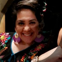 Cinthya Flores - Sonia Nail Salon