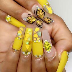 Mayli Nails, 132 Jasmine Cir, 132, Naples, 34102