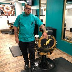 Héctor - JTF HairCut And Beauty Parlor