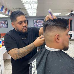 """Eric - Fresh As Can """"V"""" Barbers"""