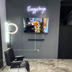 Energy&Image, 928 w. 38th pl, 104, Chicago, 60609