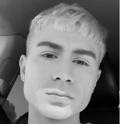 Josh Lawrence - Vizavoo Salon