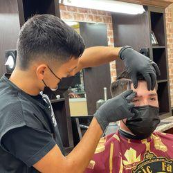 Hector - Classic Fadez Barbershop