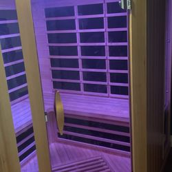 Infrared Sauna - Sportscenter Salt Room and Spa
