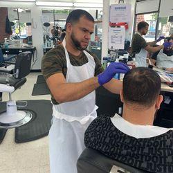 Dariel  Vasquez - Family Barber Shop