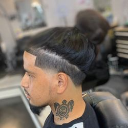 Glizzy tha barber, 5326 Mt view Rd., Antioch, Antioch 37013
