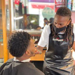 ZTheBarber, Luckys Barbershop, 948 Clay Street, Oakland, 94607