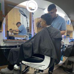 Juan Camberos - 2ND STREET FadeAholics Barbershop