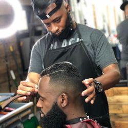 """""""El"""" the Barber - Avenue Cuts Barbershop"""