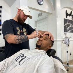 Chris Vest The Barber, 120 e New York ave, DeLand, 32724