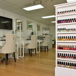 Paua Beauty Lounge, Powell St, 1455, San Francisco, 94133