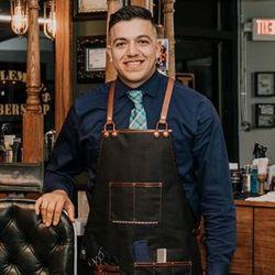 Carlos - Hano Henry Gentlemens Barber shop