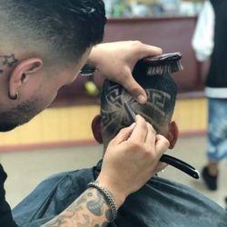 Derrik The Barber, 225 Wabash ave north, Lakeland, 33815