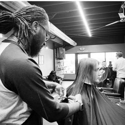 Cuts By Cedthabarber (Five Seasons Hair and Beard Studio), Collins Rd NE, 300, Cedar Rapids, 52402