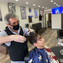Isaac - Davidoff Barbershop