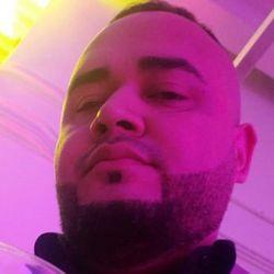 Jose Izaguirre - MR CUTZ barber shop