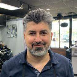Hussein Rayes - Salon Next