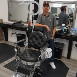 Diego Reyes - All Inclusive Barbershop