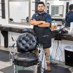 Kevyn Rendon - All Inclusive Barbershop