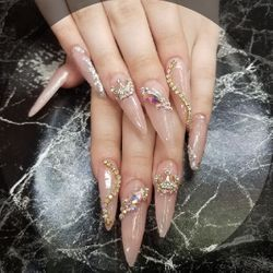 Desiree - Nails & Brow Place