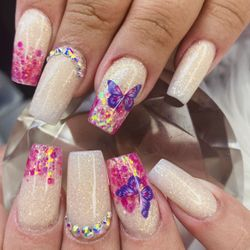 Day's Nails, 8th Ave, Fort Lauderdale, 33315