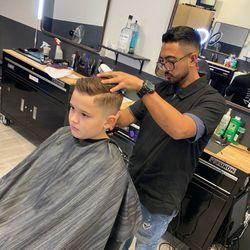 Wahldo the barber, 8260 N Cortaro Rd, Suite 132, Tucson, AZ, 85743