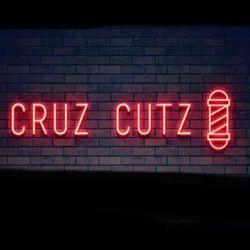 Cruz Cutz, 8808 Kennedy Ave, North unit, Highland, 46322