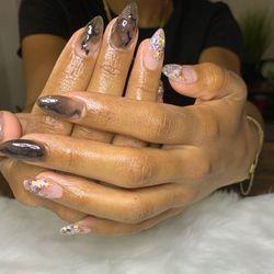The Pretty Nail Experience, 14329 W Chandler Blvd, Van Nuys, Van Nuys 91401
