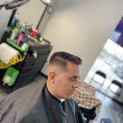 Noah Dunn @ Fineline Barbershop, 11400 Culebra Rd, #105, San Antonio, 78253