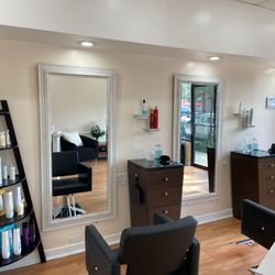 Charisma Hair Studio, 1011 N. Western ave, Chicago, 60622