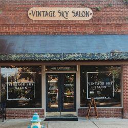 Juliette @ Vintage Sky, 60 Plant St W, Winter Garden, 34787